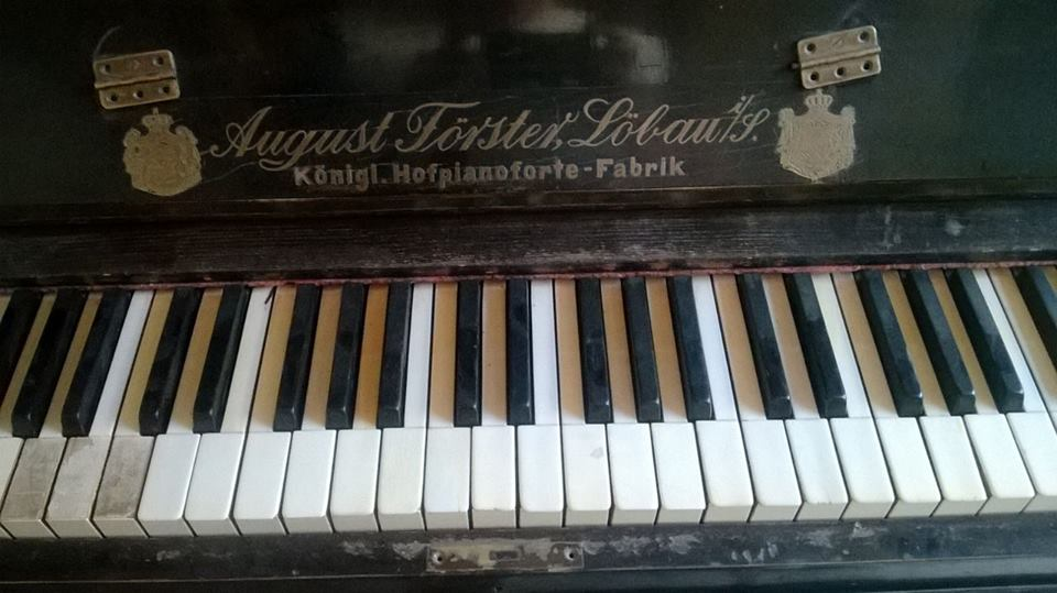 piano forster 5